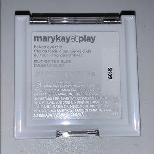 Mary kay eye-shadow trio